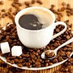 Как правильно пить кофе: с сахаром или без